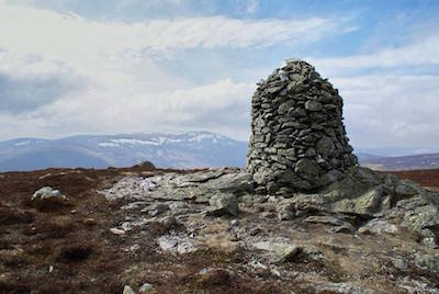 Cairn and Ben Chonzie in the background