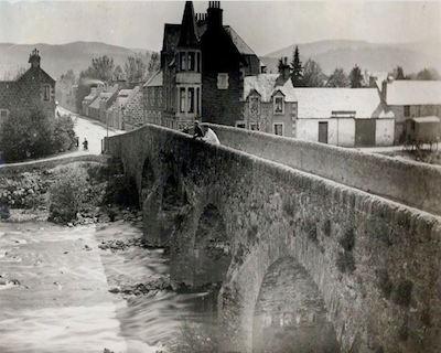 The Original Dalginross Bridge